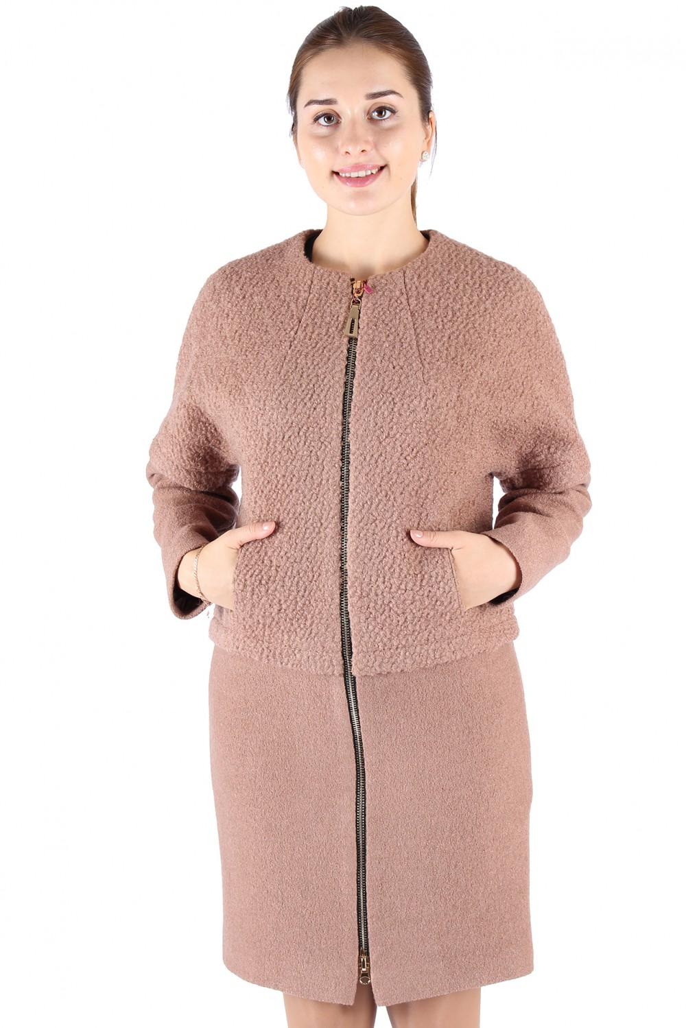 Купить Пальто женское бежевого цвета 373B
